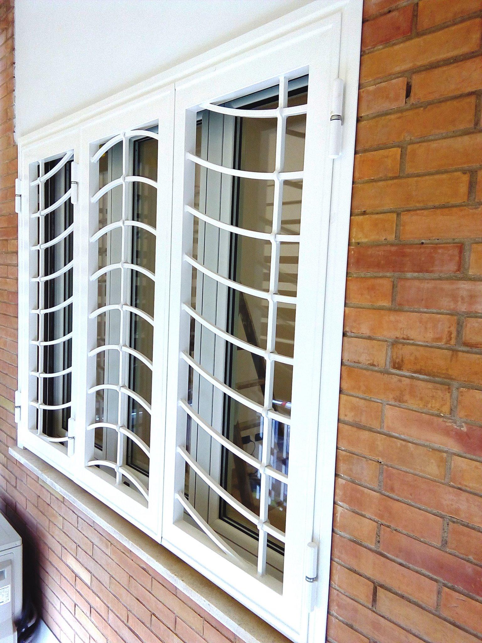 grate per finestre roma